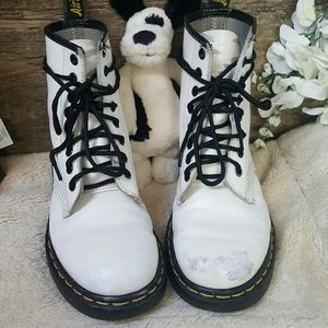 Dr Martens 1460 Smooth leather boots